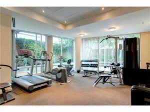1003 Burnaby Street amenities