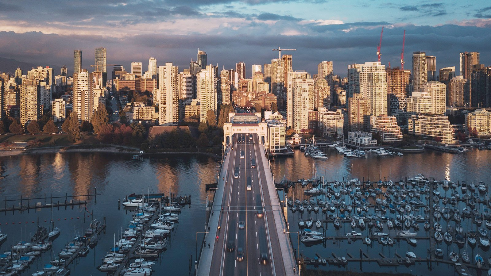Condo inventory growth Vancouver